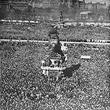 Anschluss 1938. Massenkundgebung auf dem Heldenplatz. © ÖNB (161.539B)