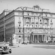 Wien 1, Morzinplatz. 'Hotel Metropole' (Hauptquartier der Gestapo). Gesamtansicht über Eck von links. © ÖNB / Lobinger (74.940B)